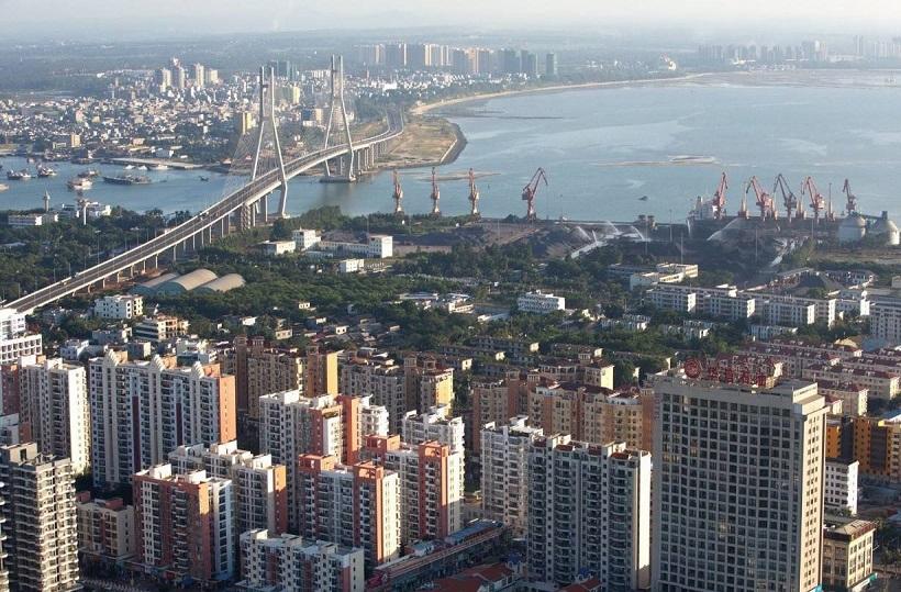 洋浦保税港区标准厂房工程项目开工